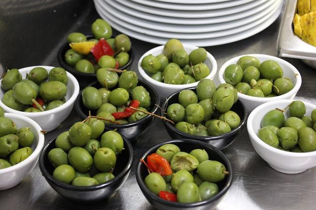 tapas olíva bogyó